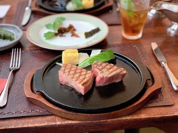 石垣牛のステーキ「パポイヤ」レビュー。美味しすぎて放心状態になった。