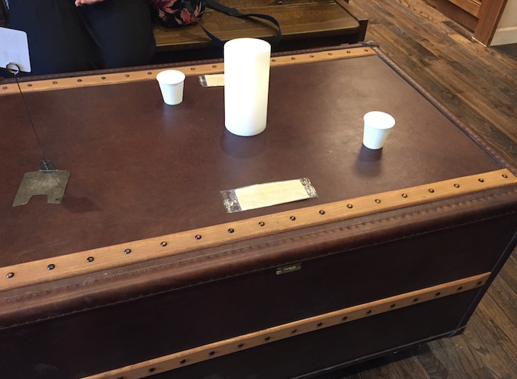 CACAO MARKET(カカオマーケット)byマリベルのミーティングルームのテーブル