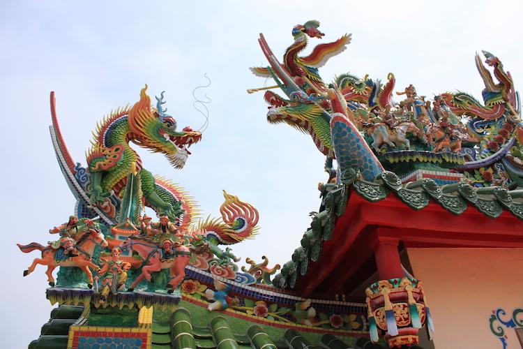石垣島「唐人墓」の龍