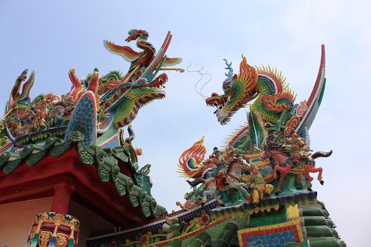 石垣島「唐人墓」の右の龍