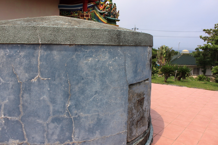 石垣島「唐人墓」の裏