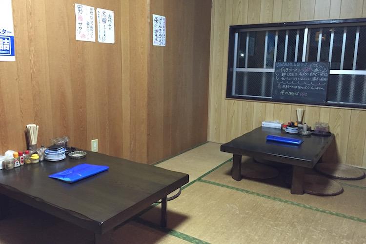 石垣島のラーメン屋「げんき食堂」のお座敷