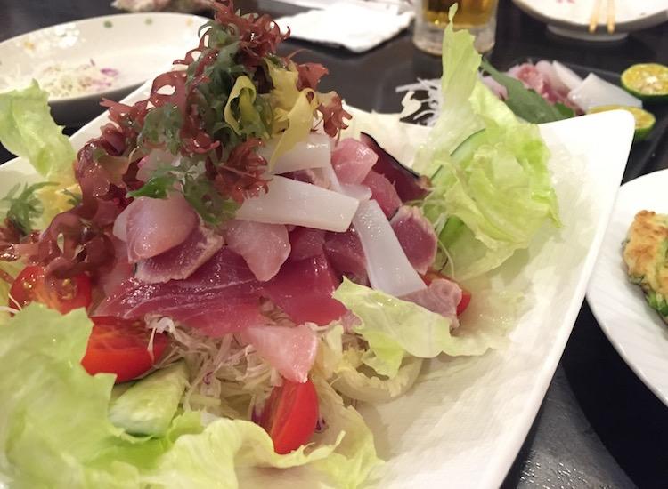 えいこ鮮魚店の海鮮サラダ