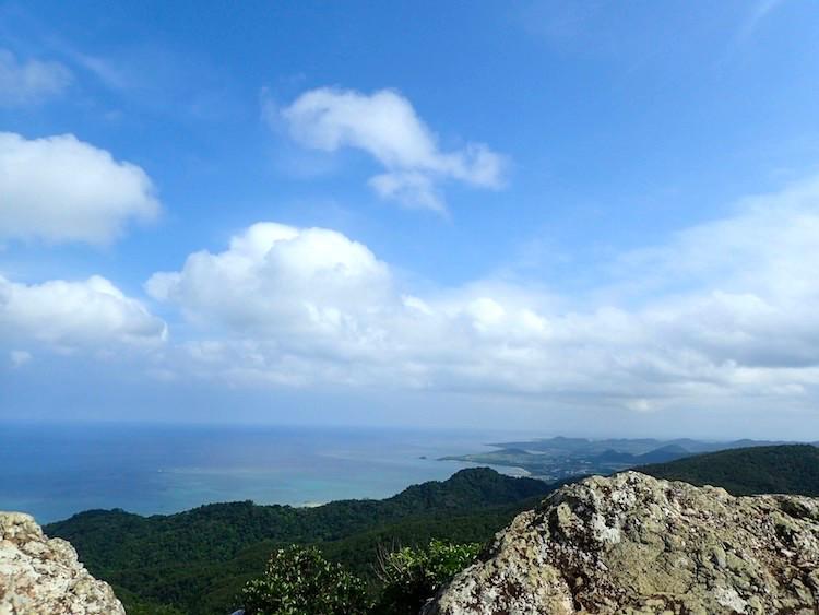 【超絶景】石垣島の野底マーペーは360度パノラマビューだ!