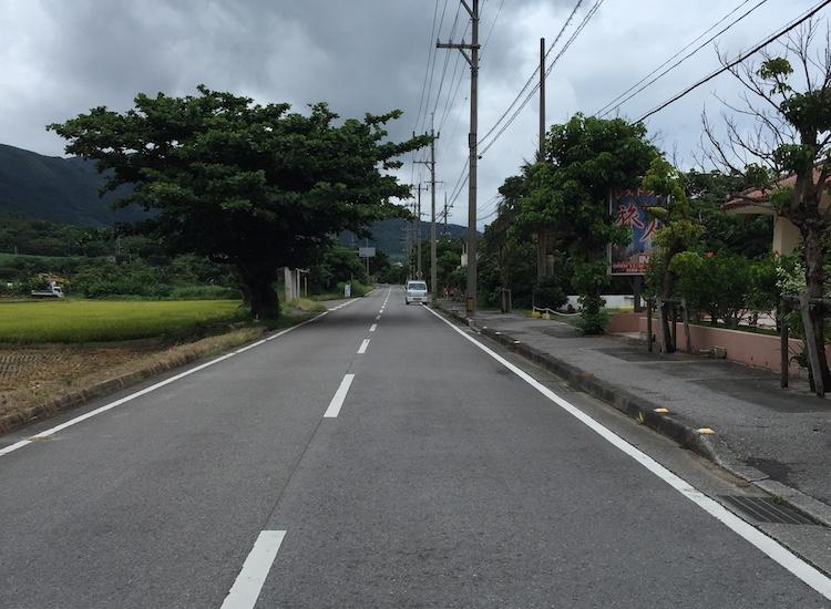 石垣島のとんかつ力の道路