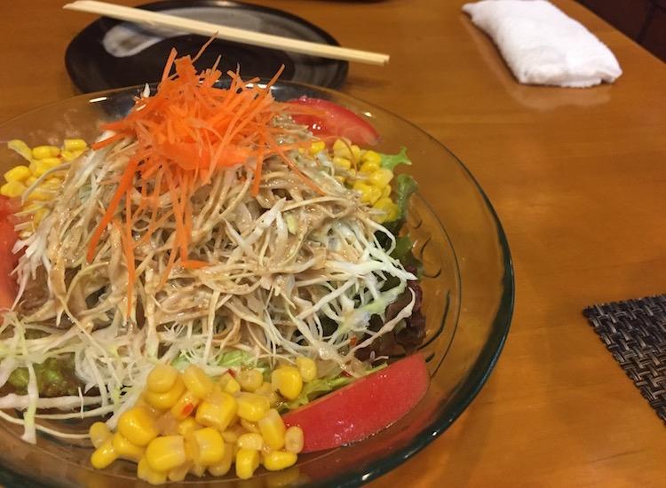 まるじゅうの野菜サラダ