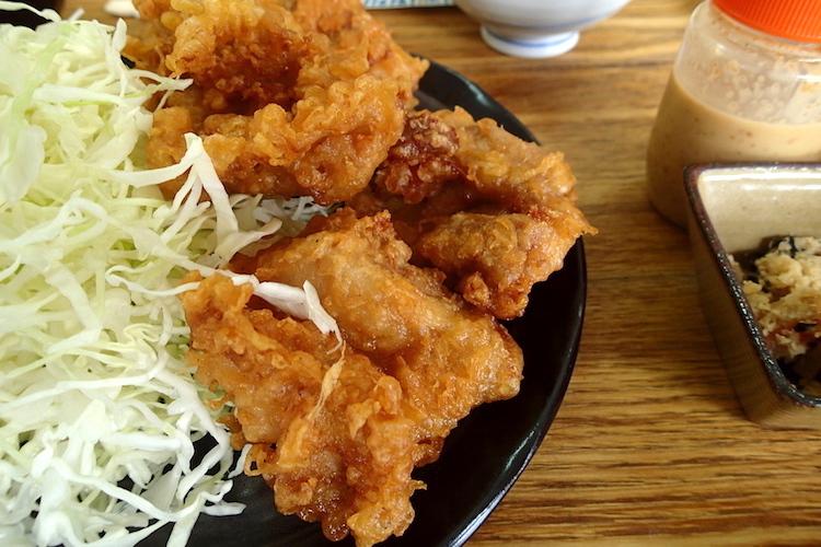 石垣島の時計台食堂のザンギ定食