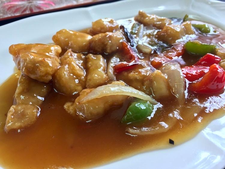 大富(おうふ)の酢豚ランチ