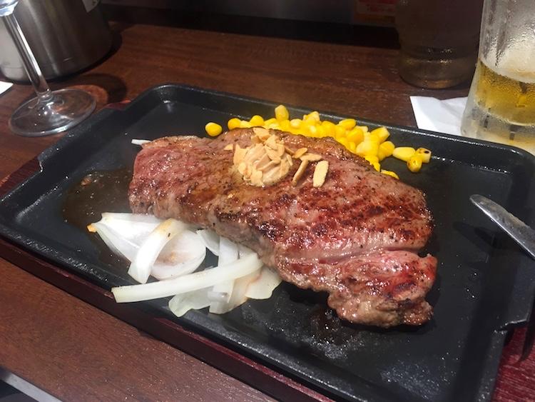 いきなりステーキ石垣島のサーロインステーキ