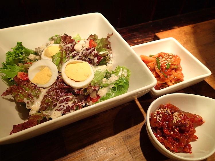 石垣島の焼肉屋「ひ嘉ちゃん」サラダ