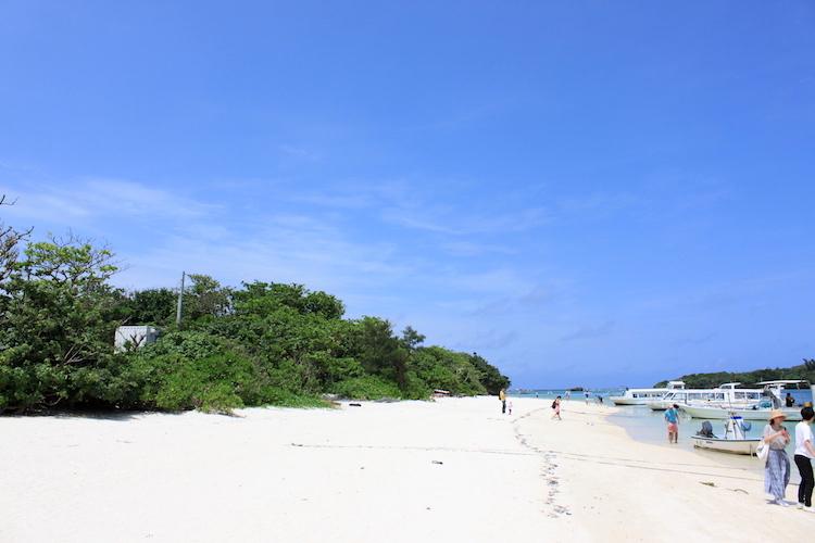 【石垣島の観光】川平湾の白いビーチ