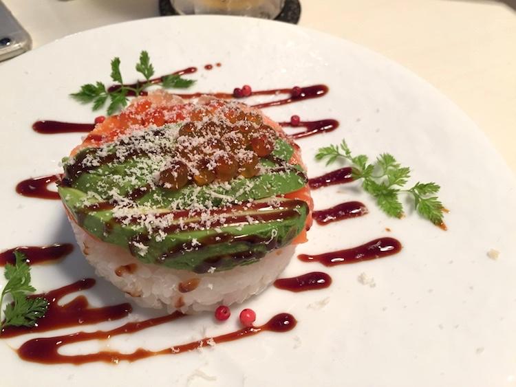 石垣島てっぺんグループNo4の創作寿司