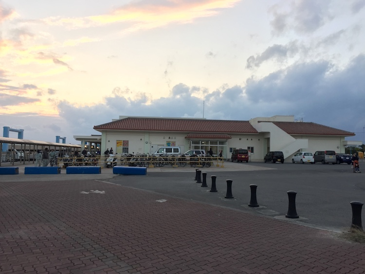 石垣島の離島ターミナル