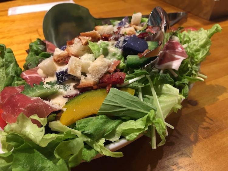 島フレンチバル佐々木勝のシーザーサラダ