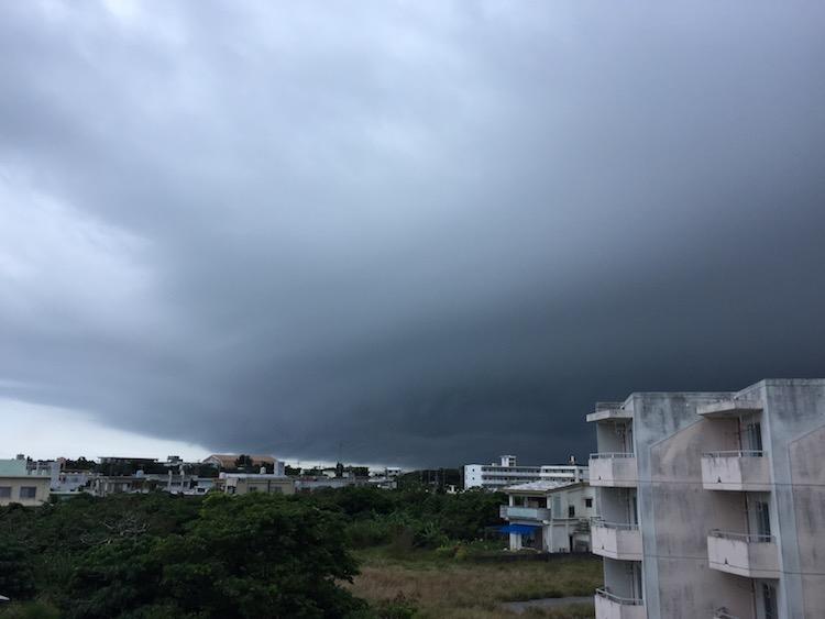 石垣島の低気圧2