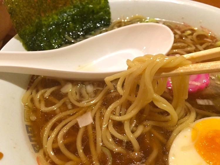 ラーメン河伯の麺