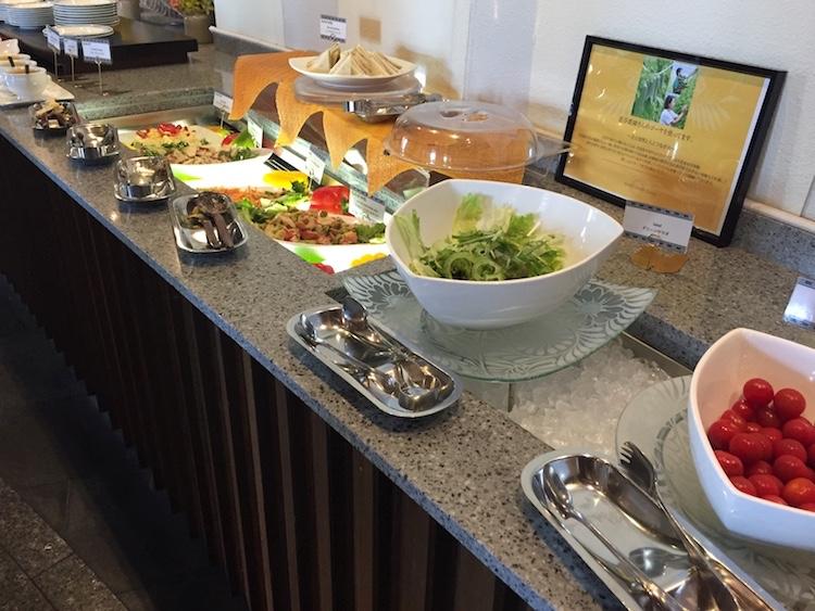 【ANAインターコンチネンタル石垣】ビュッフェのサラダ