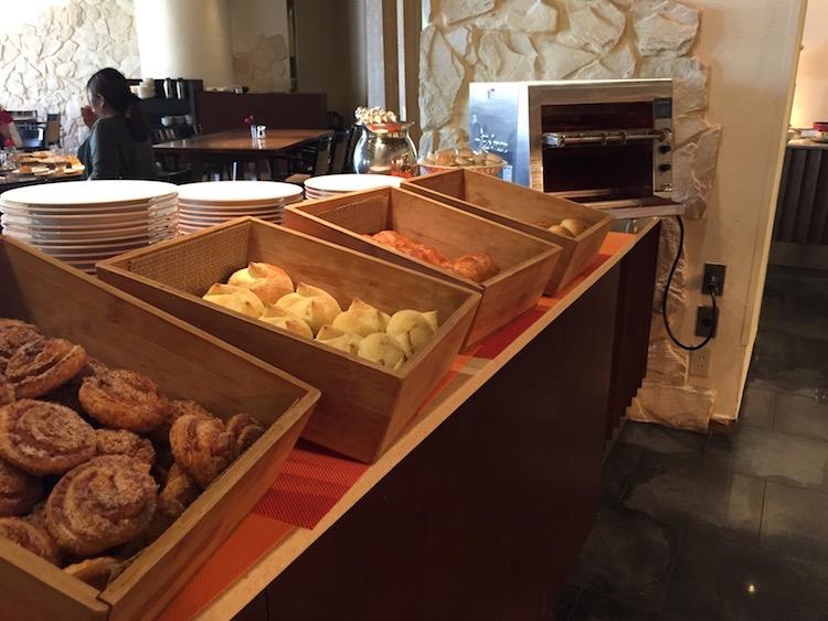 【ANAインターコンチネンタル石垣】ビュッフェのパン