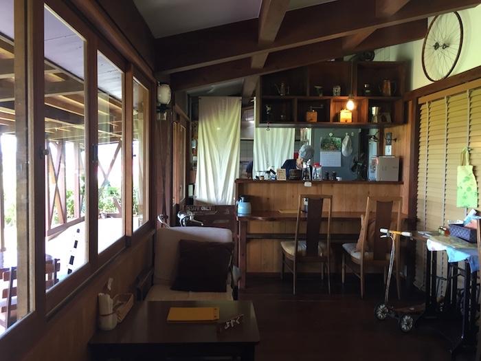 のんびりカフェの店内