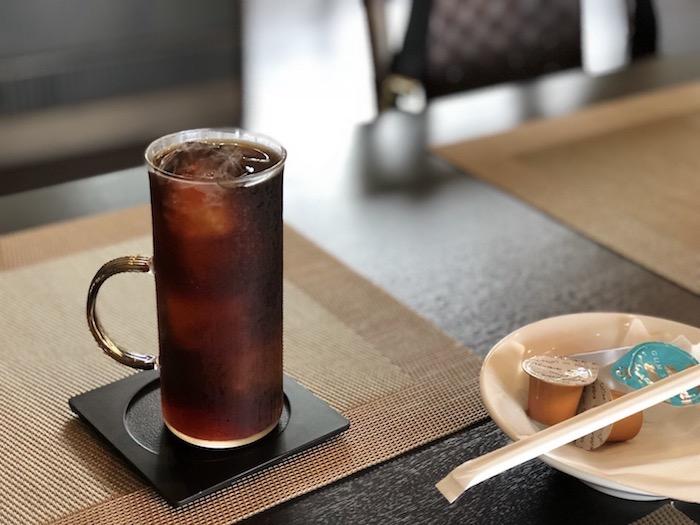 石垣島の草ぼうぼうのコーヒー