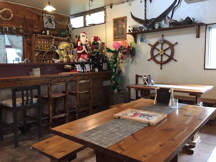 石垣島の海賊船の店内