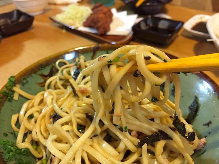 居酒屋「石垣島」のピン醤油そば