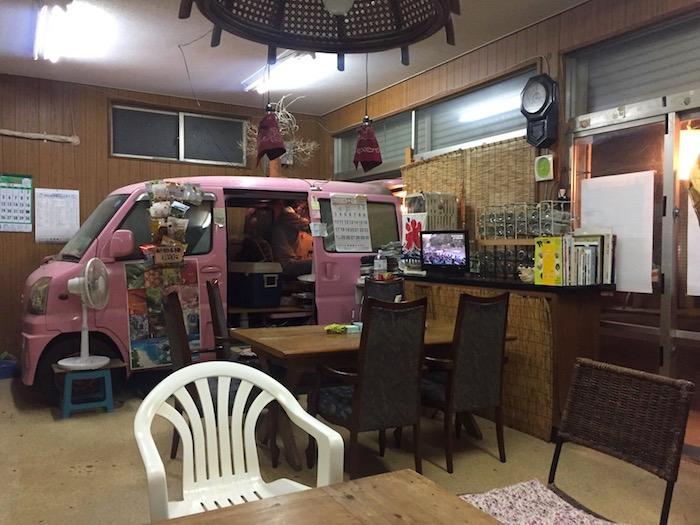 東串の店内