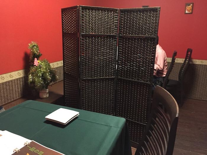 石垣島ボンテーブルのテーブル席