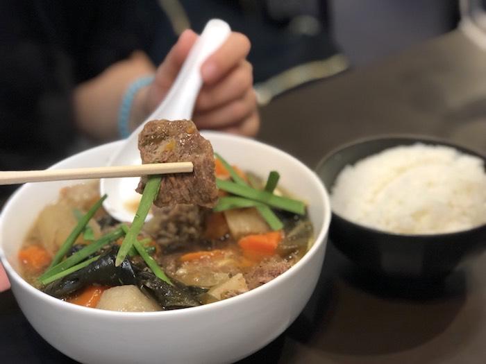 美崎牛本店の牛そばの肉