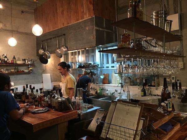 石垣島のガッジョディーロの厨房