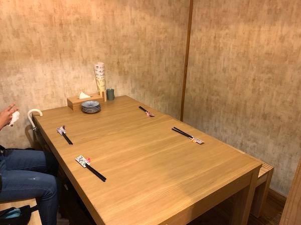 石垣島の居酒屋「酒晴」の店内