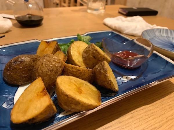 石垣島の居酒屋「酒晴」のポテトフライ