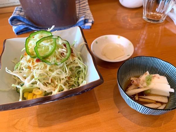石垣島の定食屋さん「ナツユキ」の日替わり定食サラダ