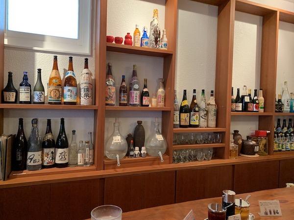 【石垣島】辺銀食堂のカウンター