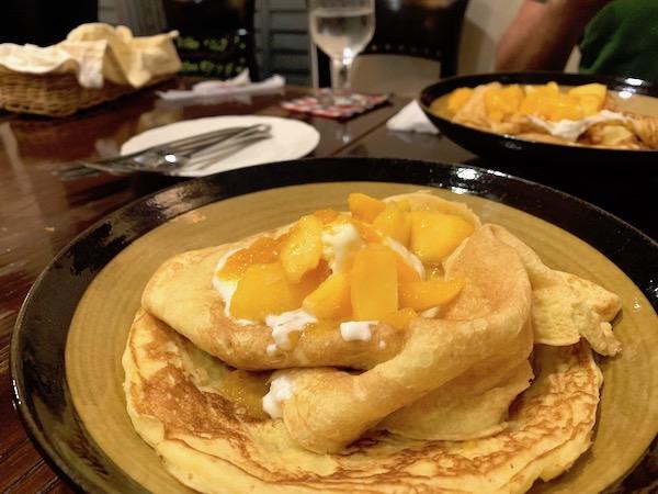石垣島のスペイン料理「ハイビスキャット」ホットケーキ