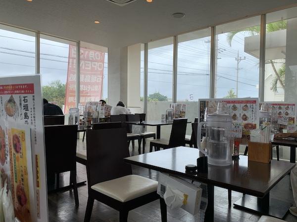 石垣島麺処八重山そば製麺所の店内