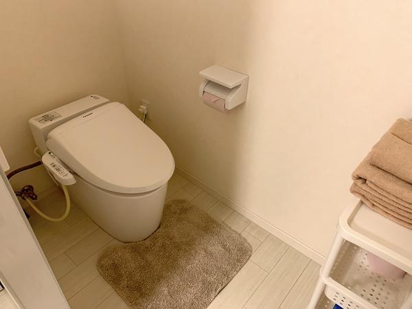 沖縄県宜野湾のホテル「レインボーテラス」のトイレ