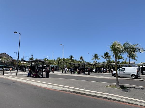 ニューカレドニアのバスセンターです。