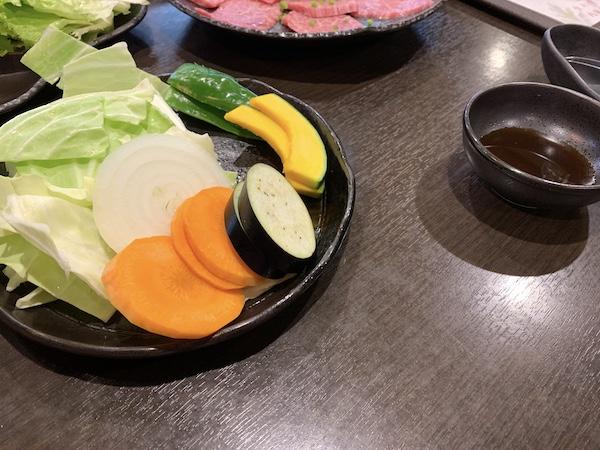 石垣島の焼肉「やまもと」の焼き野菜