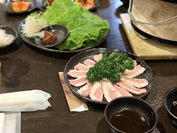 石垣島の焼肉「やまもと」の豚トロ