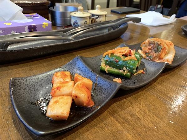 石垣島の焼肉「やまもと」のキムチセット