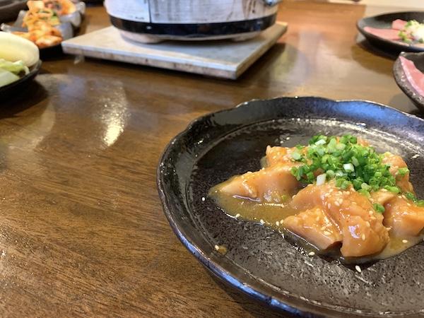 石垣島の焼肉「やまもと」の上ミノ